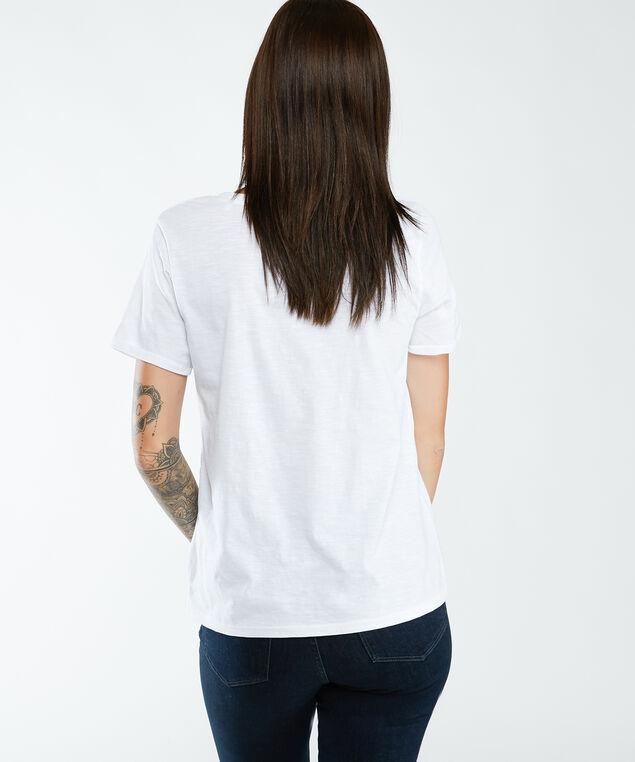 w0Gi69r8g01, White