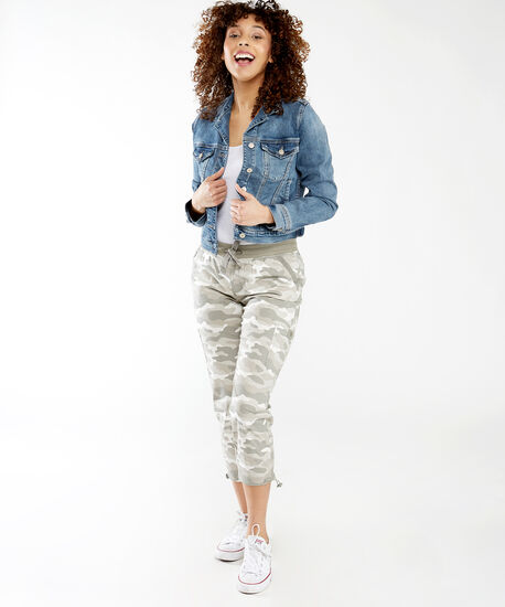 fitted jean jacket, Medium Wash, hi-res