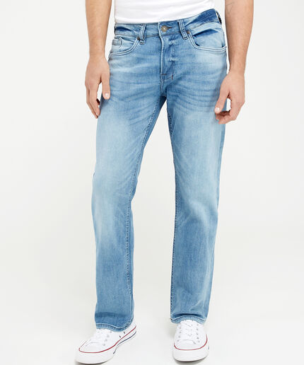 https://www.bootlegger.com/dw/image/v2/AANE_PRD/on/demandware.static/-/Sites-product-catalog/default/dw65b4049c/images/bootlegger/men/jeans/1352sixbm22435mswslim_1.jpg?sw=460&sh=516&sm=fit