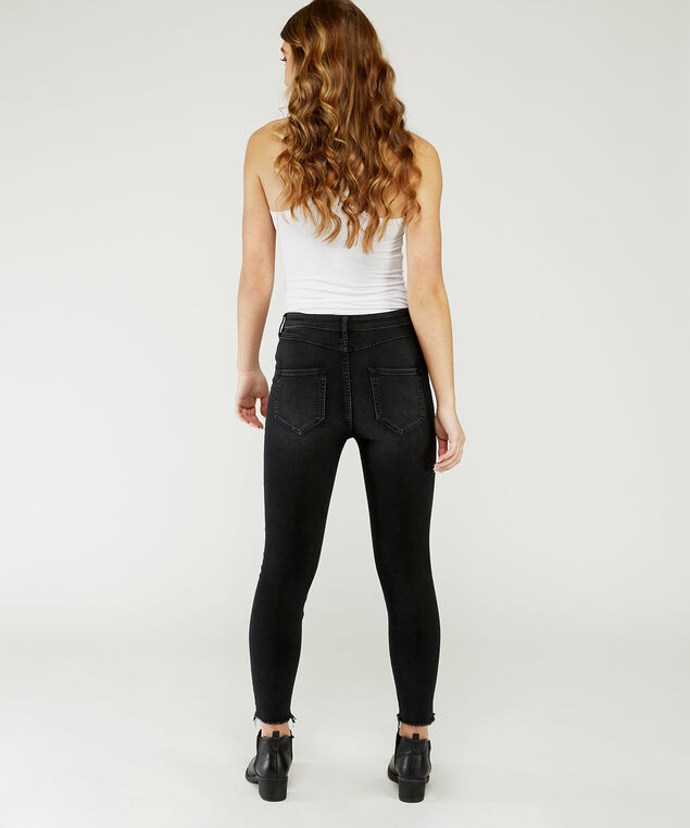 crop hr black,