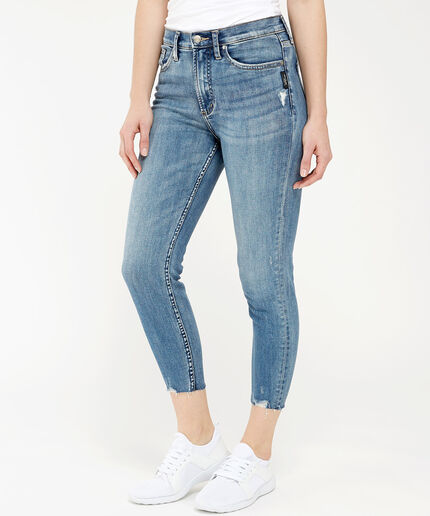 https://www.bootlegger.com/dw/image/v2/AANE_PRD/on/demandware.static/-/Sites-product-catalog/default/dwa83629bd/images/bootlegger/women/jeans/2800calleycropssx240_1.jpg?sw=460&sh=516&sm=fit