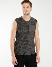 sleeveless muscle tank
