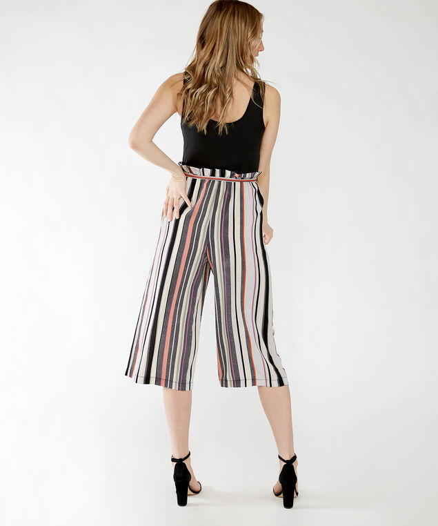 halle, Black with Stripe