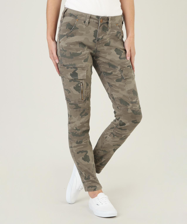 de01a4f5 cargo camo skinny stw047 | silver jeans co
